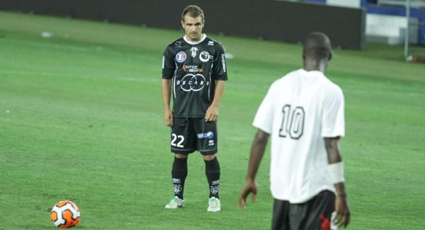 CAB 0 – Dijon 0